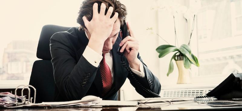 GDPR emprendedor preocupado y triste