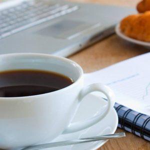 Diez directivos participan en el primer Desayuno de Activación de Transformación Digital